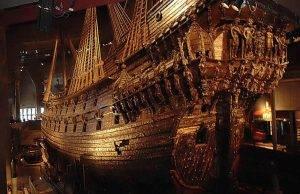Ein Schiff